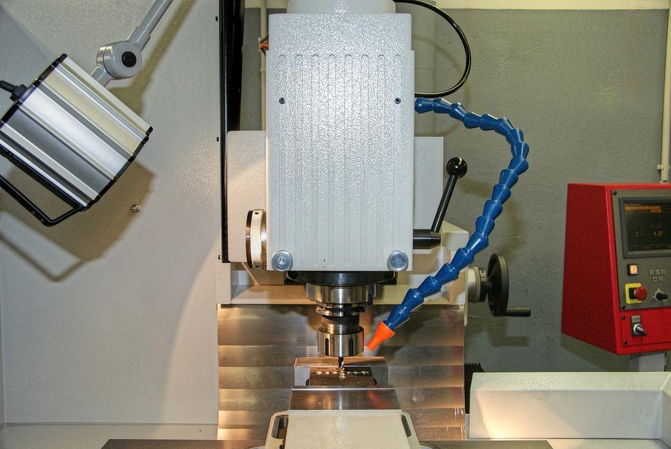 Obrabiarki CNC – nadają się do drewna?